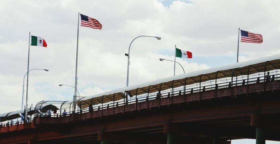 Mexico Border Crossing Borderland Flags Bridge Travel