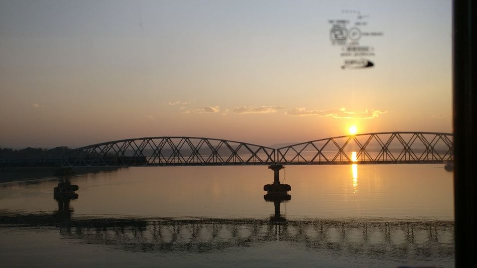 HelloEyeEm Hi! Hello ❤ Hello World ✌ Click Click 📷📷📷 EyeEm Gallery EyeEm Best Shots Professionalphotography Taking Photos PicturePerfect Lovingthepic EyeEmBestPics Check This Out Captured Moment Perfectview Sunset Water Sea Sky Scenics Outdoors Nature No People Bridge - Man Made Structure Beauty In Nature