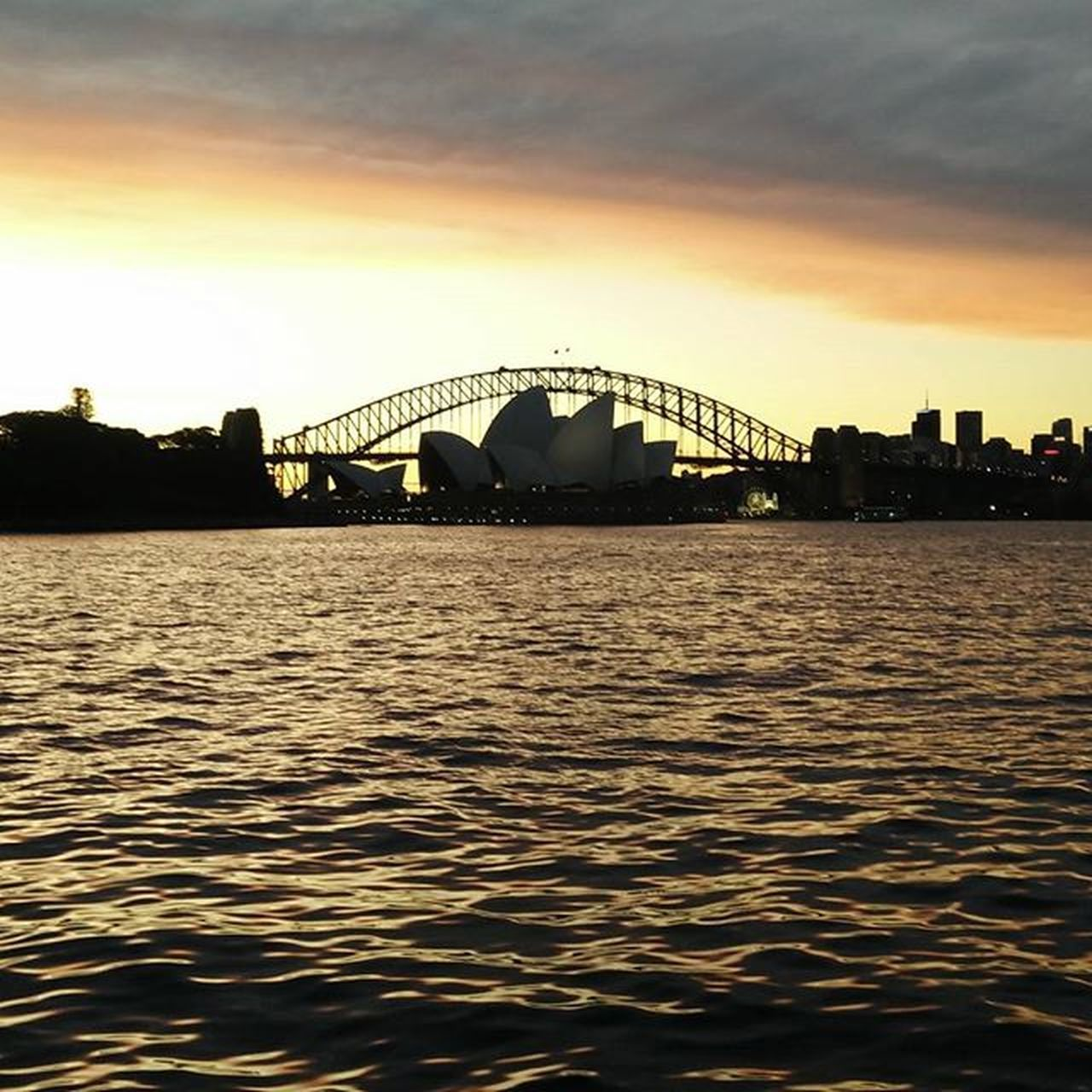Sydney Operahousesydney Mrsmacquarieschair Crewlife Layover Beautiful Sunset