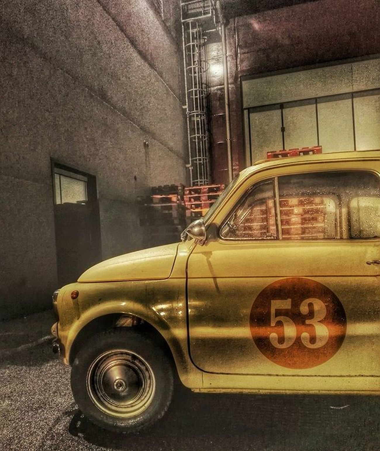 Old Car in da Port 🚗 53 500 HDR Seaport Refinery Old Livorno Ig_livorno Photography Streetphotography Ic_hdr Ic_photos