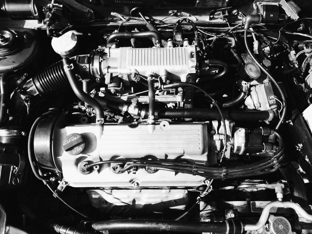 Engine Engine 1000cc Cultus Suzuki Car Bw Old Dusty Day Simple Beauty Wine Moments EyeEmNewHere
