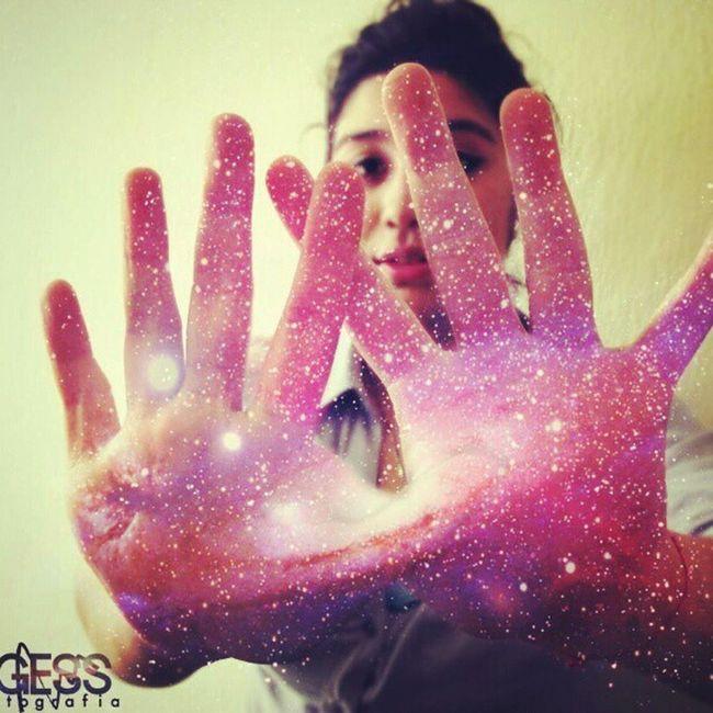 The universe un your hands! feersolis Whpuniqueportraitsoflove