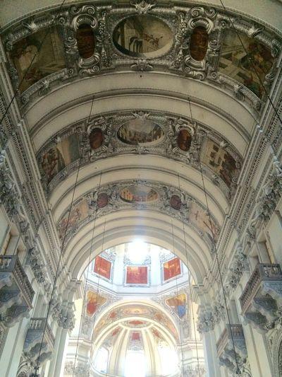 Kerk Popular