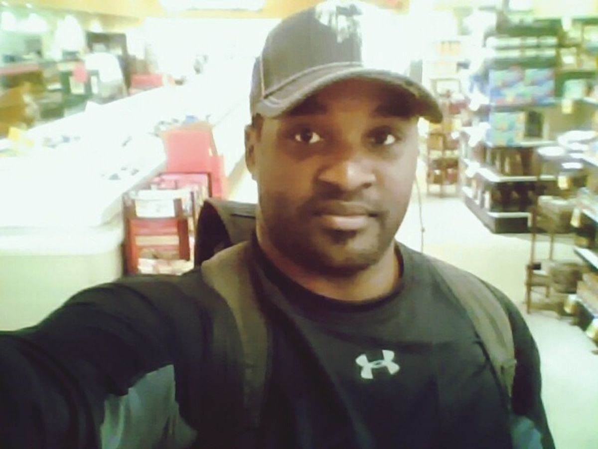 A Personal Trainers Breakfast Adventures www.brodericksorrell.com Fruit Shopping Grocery Shopping Hungry Enjoying Life