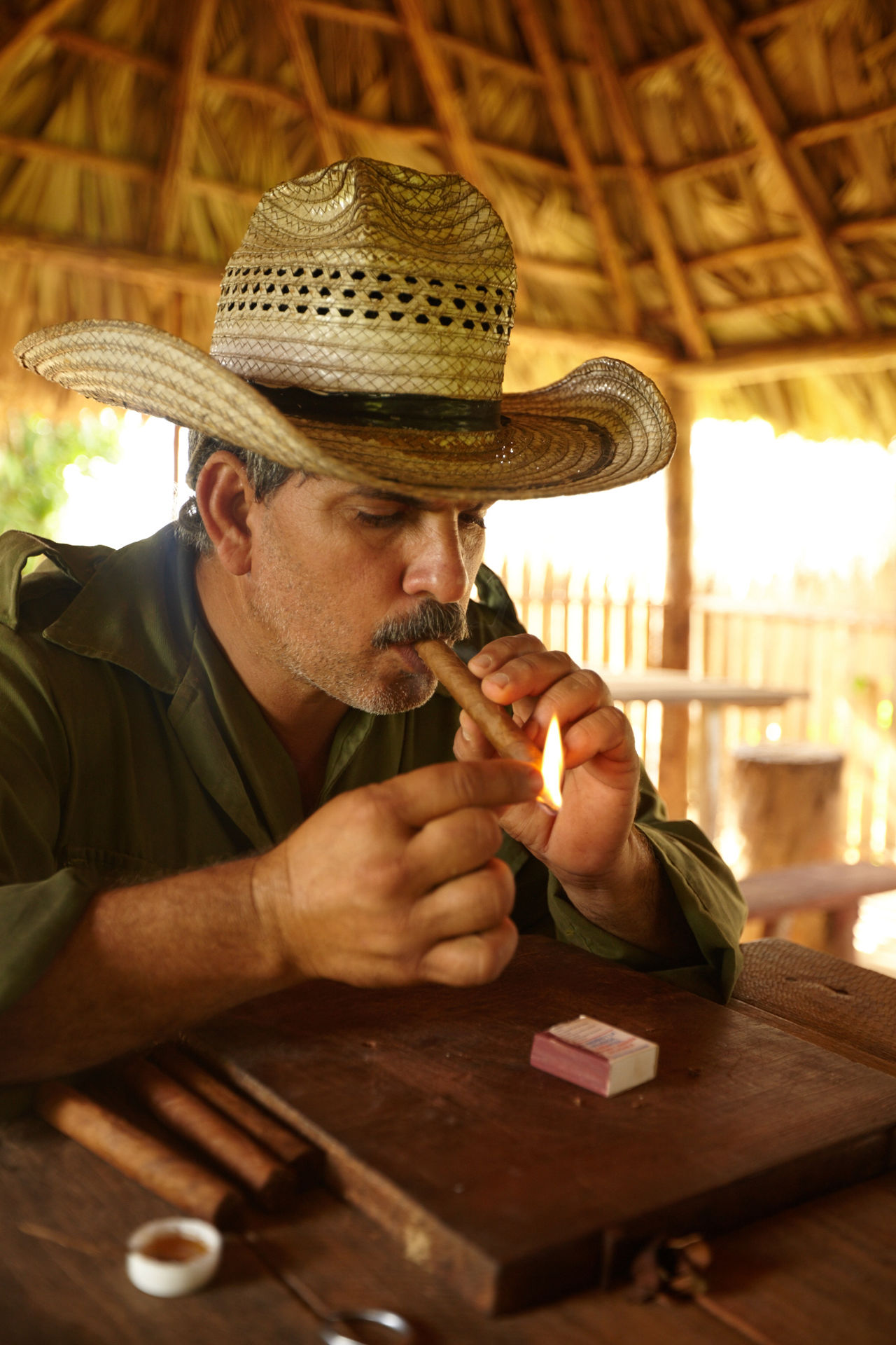Adult Adults Only Cigar Close-up Countryside Cuban Cigar Cuban Life Day Headshot Holding Indoors  Mature Adult Mature Men One Man Only One Person People Real People Sitting Table Tobacco Leaf