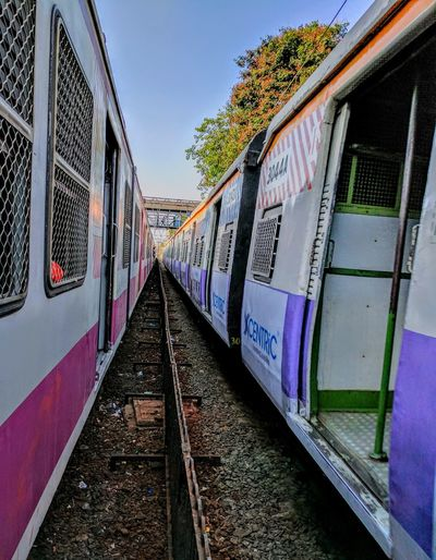 Mumbaiphotography No People The Great Outdoors - 2017 EyeEm Awards Travellers Train Ride EyeEm Color Of Life Twotrains