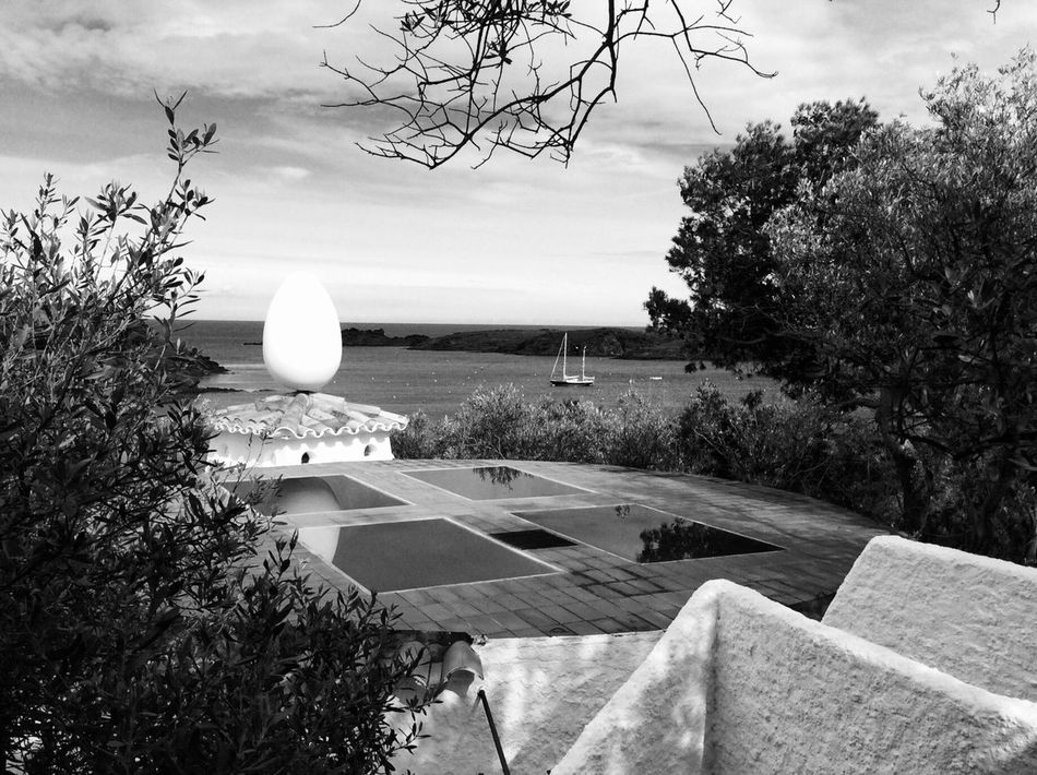 Egg on the roof Architecture No People Built Structure Outdoors Building Exterior Beauty In Nature Architecture_collection Architecture_bw