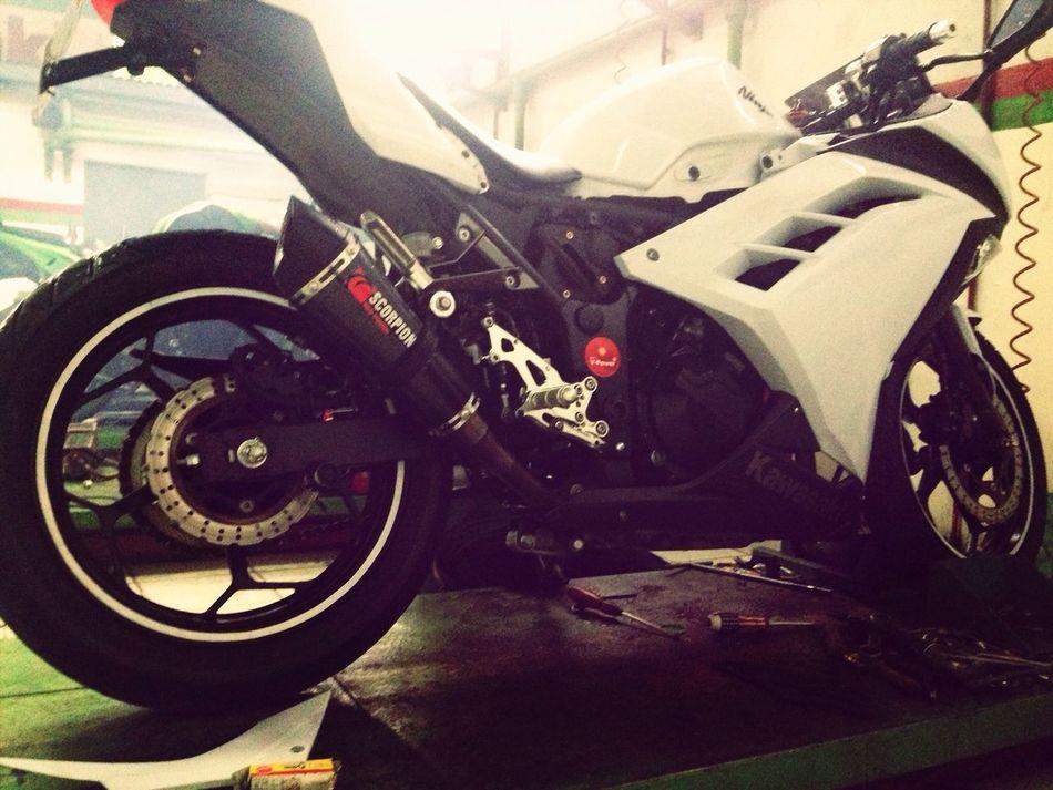 Kawasaki Ninja Workshop Kawasaki Ninja 2013 get well soon baby !