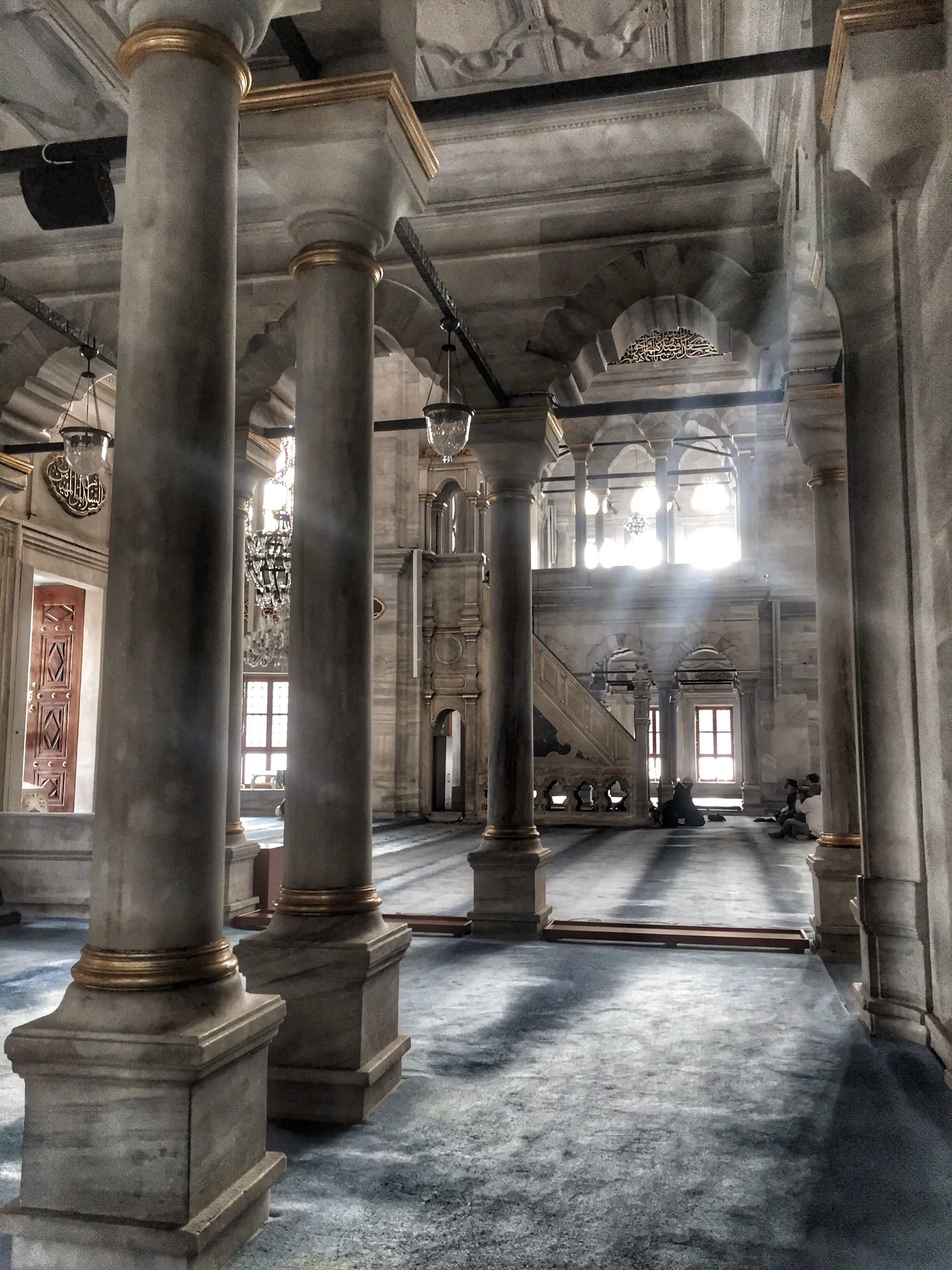 architectural column, indoors, built structure, no people, architecture, day