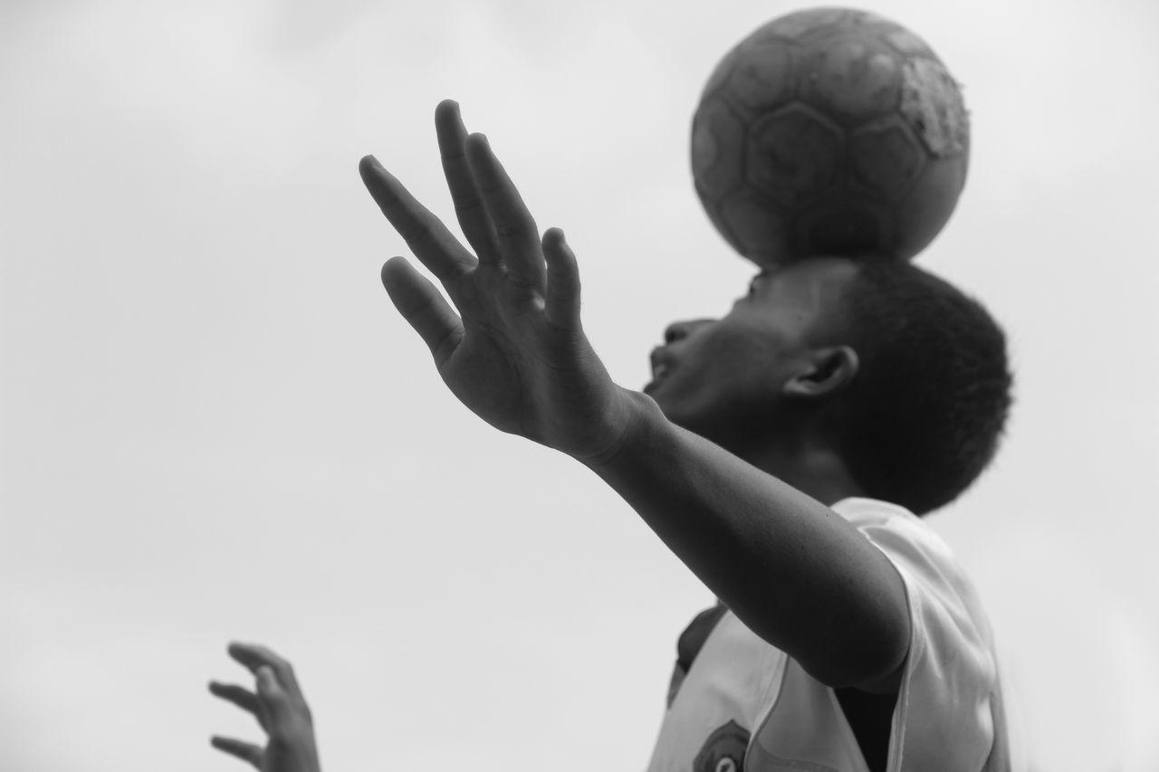 Beautiful stock photos of fußball,  16-17 Years,  Balancing,  Ball,  Boys