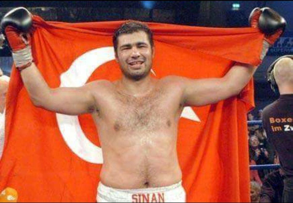 :-( Sinan şamil Sam Boks Türkiye Relaxing Taking Photos Enjoying Life Hanging Out Relaxing EyeEm Sporcu Boxing