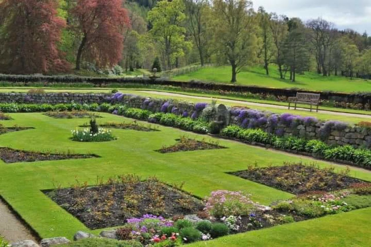 Balmoral Castle gardens Balmoral Castle Scotland 💕 Garden Photography