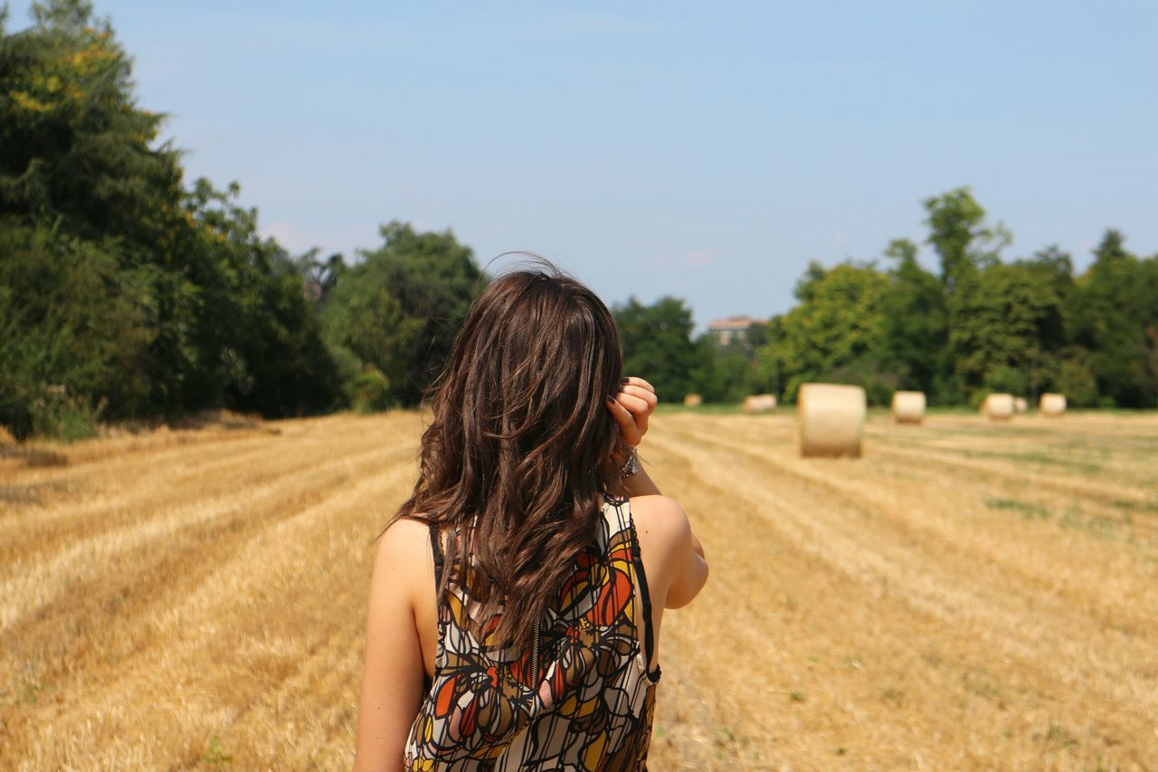 ~ The secret of getting ahead is getting started ~ Countryside People Style Field Self Portrait Portrait Of A Woman Portrait Model Colors Summer Woman Myself Me Girl Light Italia Italy Good Morning Getting Inspired Taking Photos Nature Sunlight Sun Landscape Sky