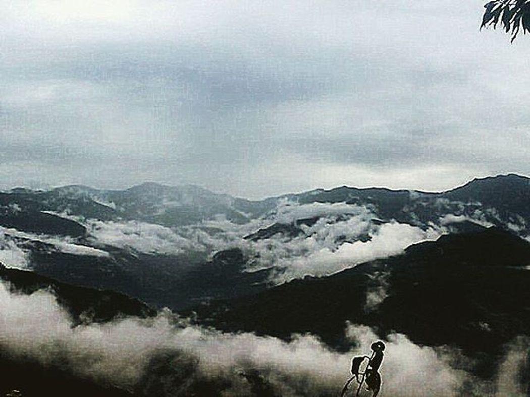 Ravangla Sikkim Vacation Clouds Cloudporn Goodshot Instagood Phonecamera Travel Hills