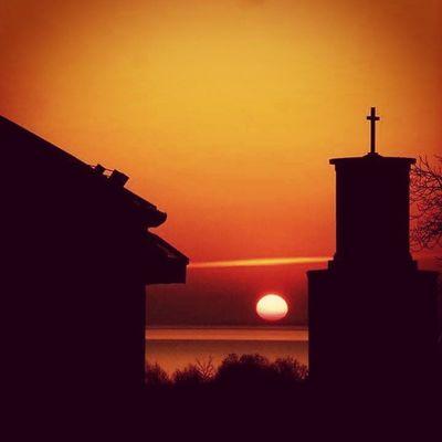 Balaton Balcsi Boglar Balatonboglár Hungary Magyarország Magyar City Sun Sunshine Sunset Ptk_architecture Ptk_nature Amateurphotography Mik Ikozosseg Instagood Instamagyarorszag Amazing Like Landscape_captures