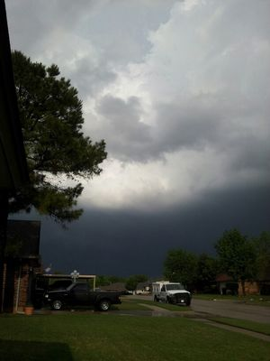Weather at Moore, Ok by Anthony Ellison