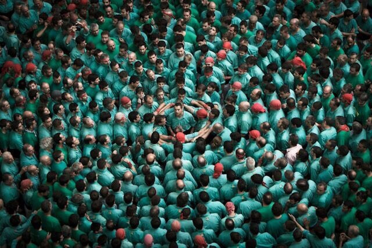 HumanTowers Crowd Large Group Of People Togetherness Emotion Emotional Photography Emotional Emotions Captured Català Catalanculture Eyem Best Shot - Architecture EyeEm Gallery EyeEm Best Edits Eyemphotography Catalonia Catalonia Is Not Spain