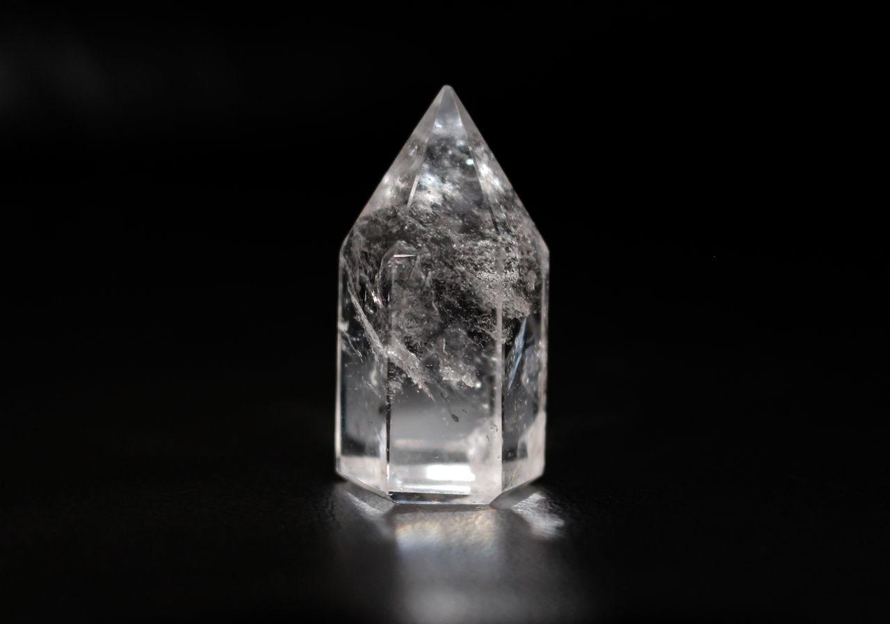 Close-up Crystal Crystal Stone Detail Eye4photography  EyeEm EyeEm Best Shots EyeEmBestPics From My Point Of View Minimal Minimalism Minimalobsession Transparency