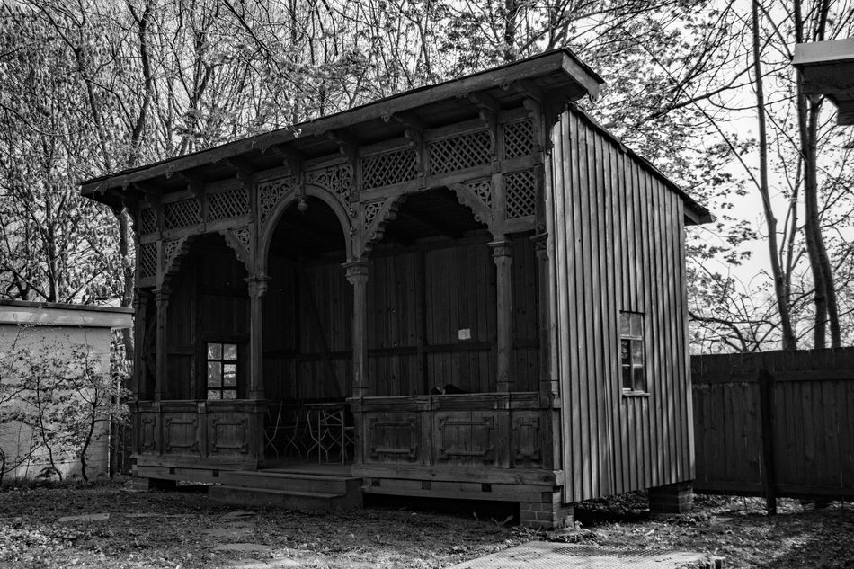 Blackandwhite Buildings Clock Day Düster Mausoleum Nature No People Scary
