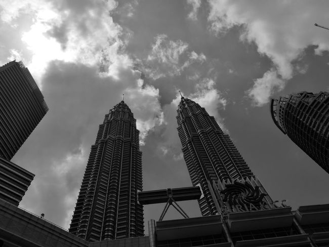 Tall - High Architecture Tower City Office Building Modern Outdoors Urban Skyline Skyscraper Klcc KLCC Twin Towers KLCC Tower Monochrome Monochromatic Monochrome Photography