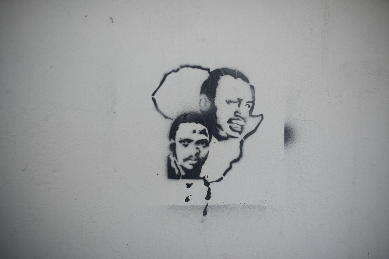 Africa Africa Art And Craft Close-up Day Human Representation Stencil Steve Biko Thomas Sankara Wall - Building Feature Writing