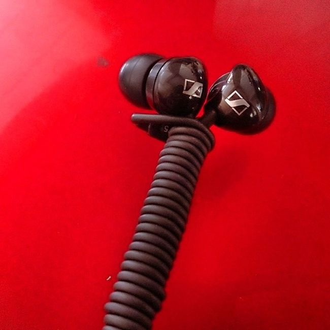 Sennheiser CX175 Sennheiser Earplugs Earphones Black CX175 Chords Instagram Instapic Sony XPERIA Z Udo