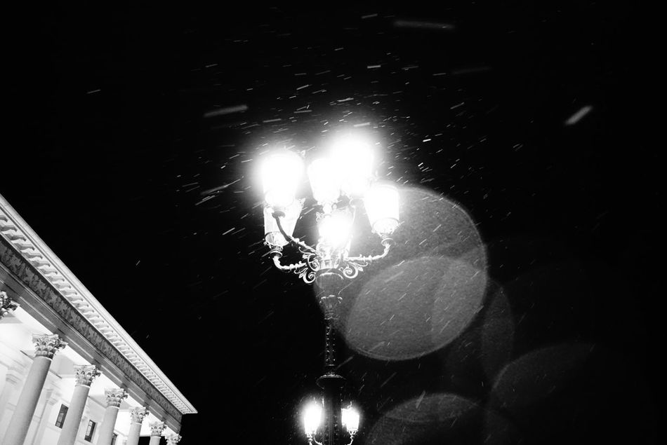Good Night Lamp Snowing ❄ Nightphotography Night Night Lights Blackandwhite Baden-Baden Backlight EyeEmBestPics EyeEm Best Shots - Black + White No People Architecture Old Buildings Baden Baden Germany Streetphotography Outdoors