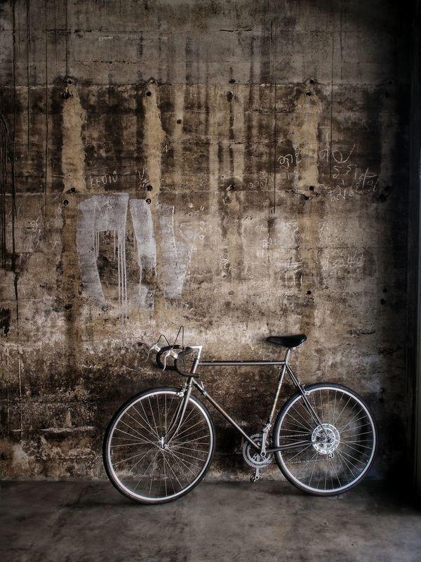 Vintage Bicycle Vintage Wall Fuji Bicycle Vintage Check This Out Enjoying Life Hello World EyeEm Best Shots Trang My Bicycle