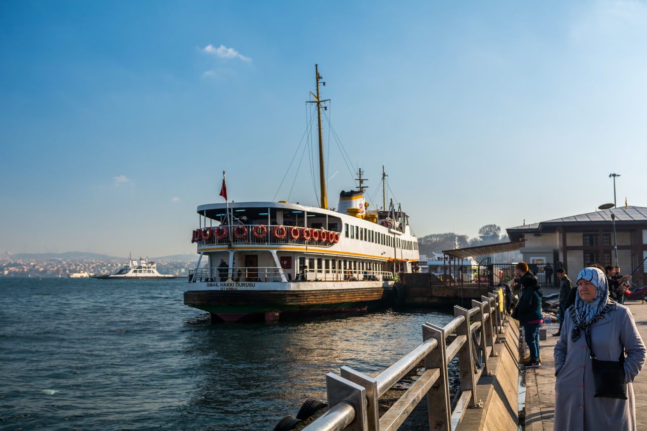 Eminönü Eminönü/ İstanbul Travel Sea Transportation Clear Sky City Blue Ship Senior Adult Sky Nautical Vessel Passenger Craft People Türkiye Istanbul Ottoman Empire Turkey Türkei Islam History City Day Europe Galata Bridge - İstanbul