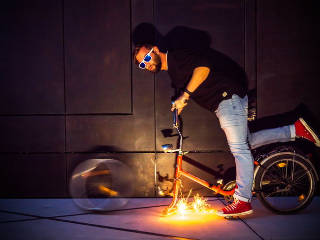 The lost wheel Accident Bike Casual Clothing Cycle Fresh On Eyeem  Funky Glasses Illuminated LUMIX GX8 Photoshooting Sparks Fly The Week On Eyem Transportation Two Is Better Than One The Magic Mission