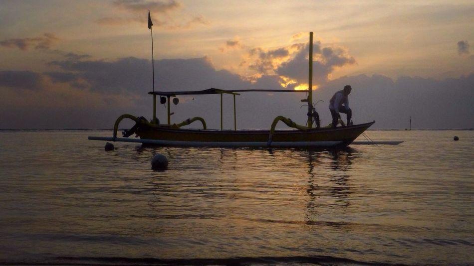 Going Sailing Sunrise Fisherman Beach