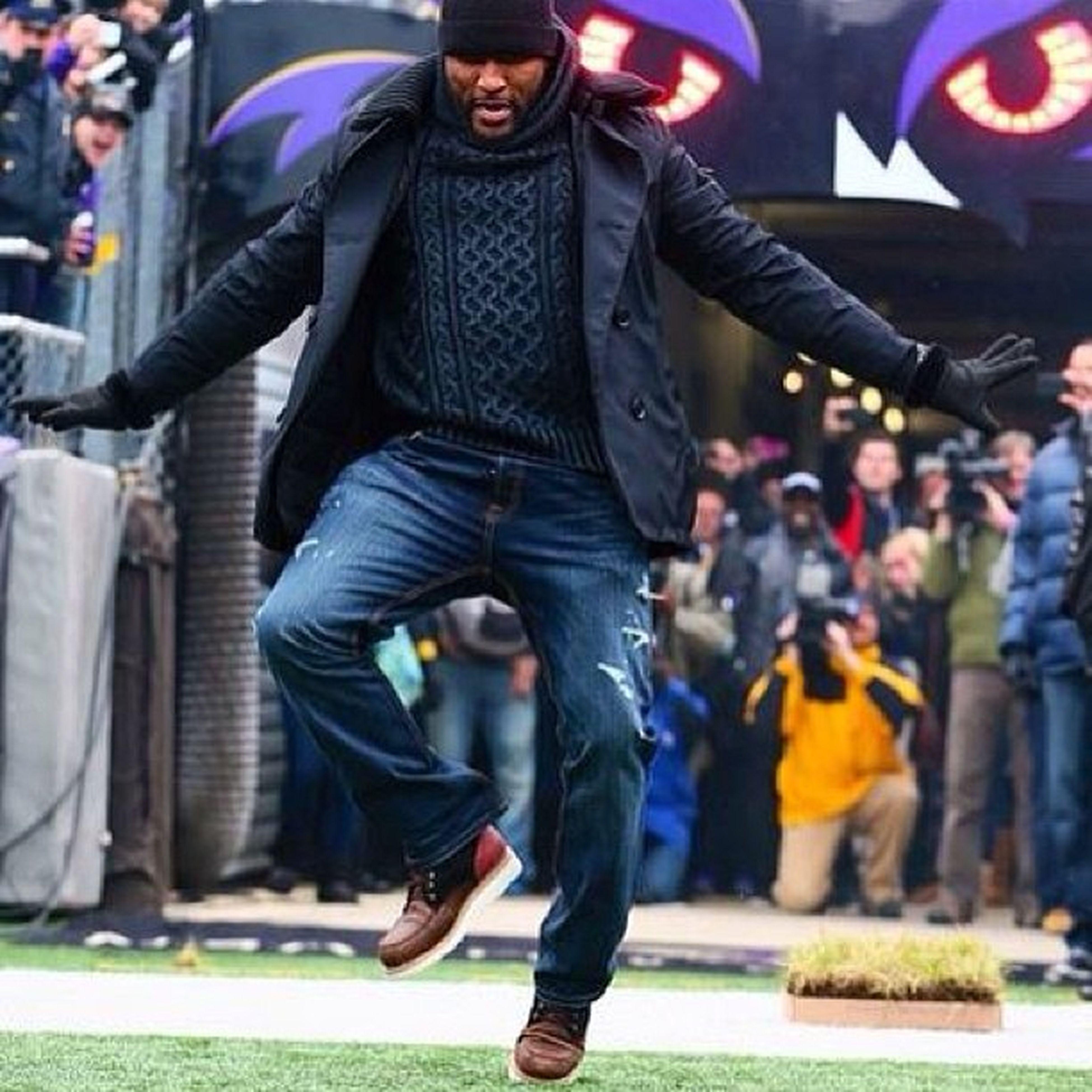 #ravenlewis #superbowl #ravens #baltimoreravens #pointerfootwear #brodie #pointerbrodie Superbowl Ravens Brodie BaltimoreRavens Pointerfootwear Ravenlewis Pointerbrodie