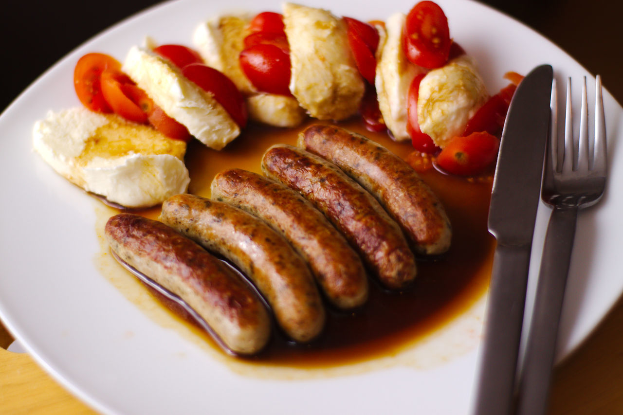 English Breakfast Food Food And Drink Freshness Healthy Eating Indoors  Meat No People Ready-to-eat Sausage Table Tomato