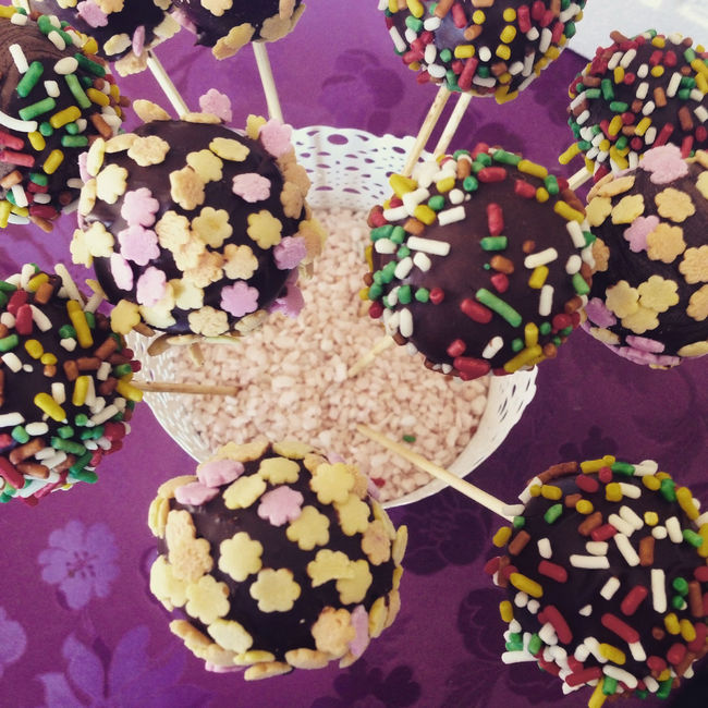 Delicious chocolate cakepops on table top view Above Cake Cakepop Cakepops Candy Chocolate Choice Close-up Colorful Cookie Dessert Food Food And Drink Indoors  Many Multi Colored Party Popcake Sprinkles Sweet Sweet Food Table Top View Variation Various