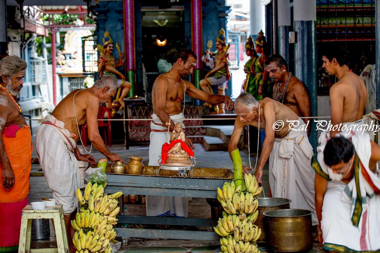 Kanchi Seer Sri Chandrasekara Saraswathy Swami's Birthday Celebrations in Chennai,India Chennai Cultures Hindu Temples India Kanchi Seer Birthday Celebrations Nandhi Paulvadivu Sacred Fire Temple Festival Vadai