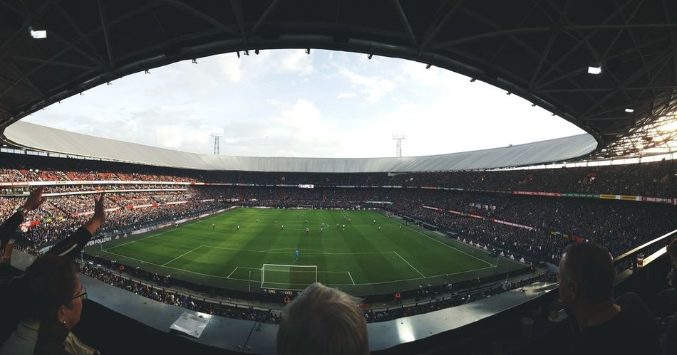 Stadium Sport Sports Team Event Grass Audience Soccer Sports Venue Outdoors Taking Pictures Taking Photos Football Feyenoord Rotterdam Feyenoord Feyenoord Stadium Feyenoord Legion! Feyenoord Heart Feyenoord Hooligan SUPPORT Supporters Supporting My Team Supported Match Match - Sport Sports