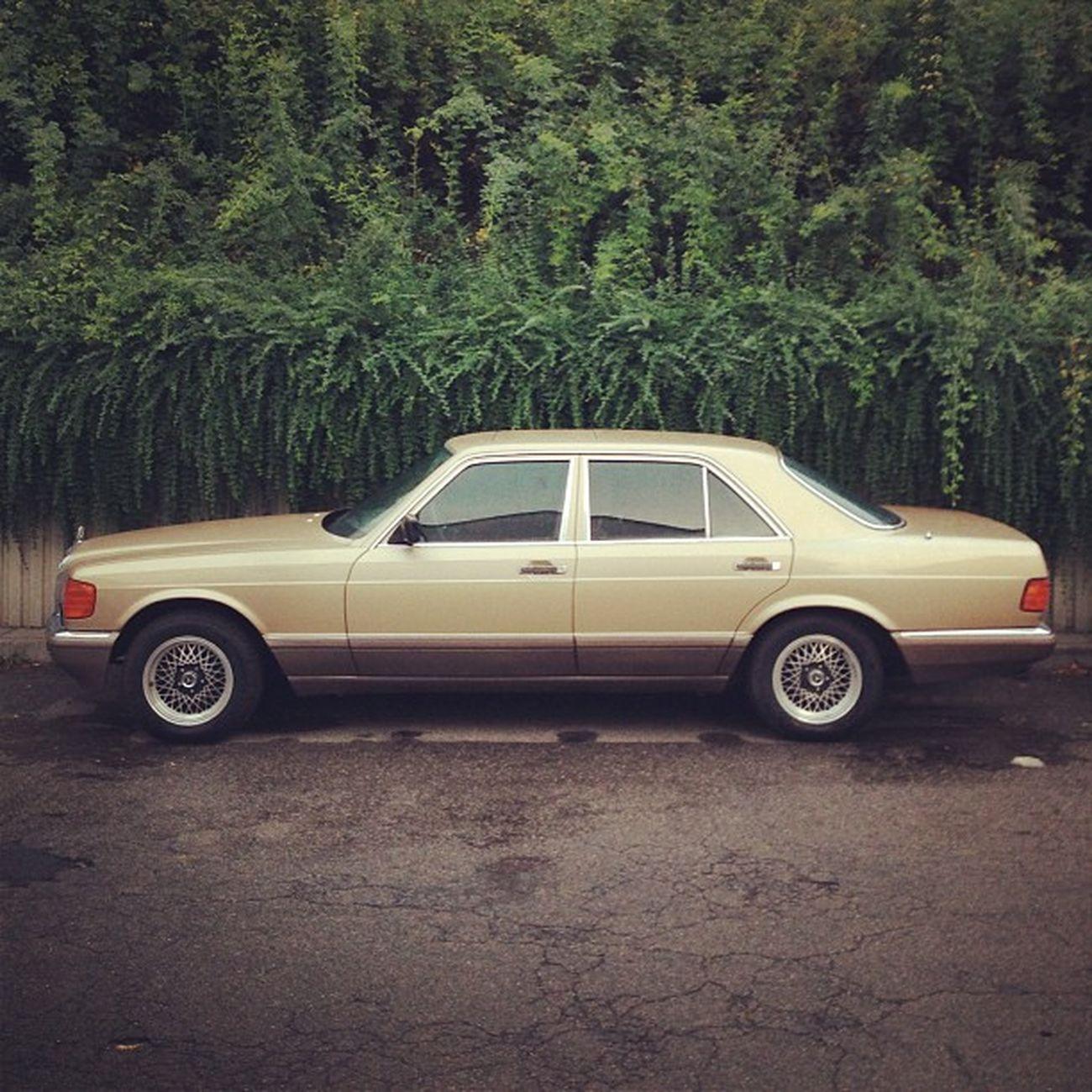 80ies #Karre Mercedes Karre Soloparking Classiccar Benz Vintagecar Altekarrenbattle 260se