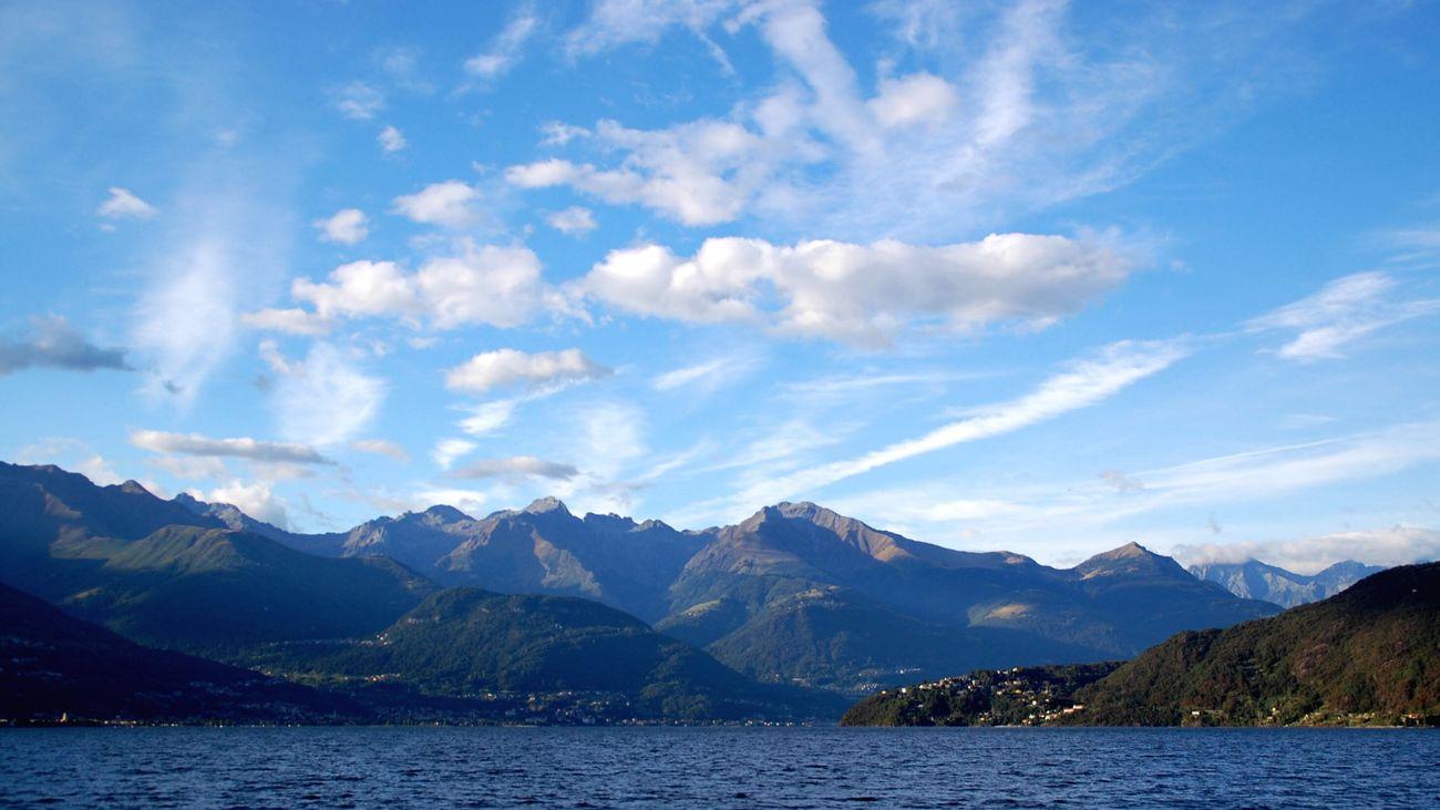 Water Lakecomo Lake Lake View Mountain Scenics Mountain Range Sky Beauty In Nature Cloud Nature Non-urban Scene Blue Majestic Calm Vacations Travel