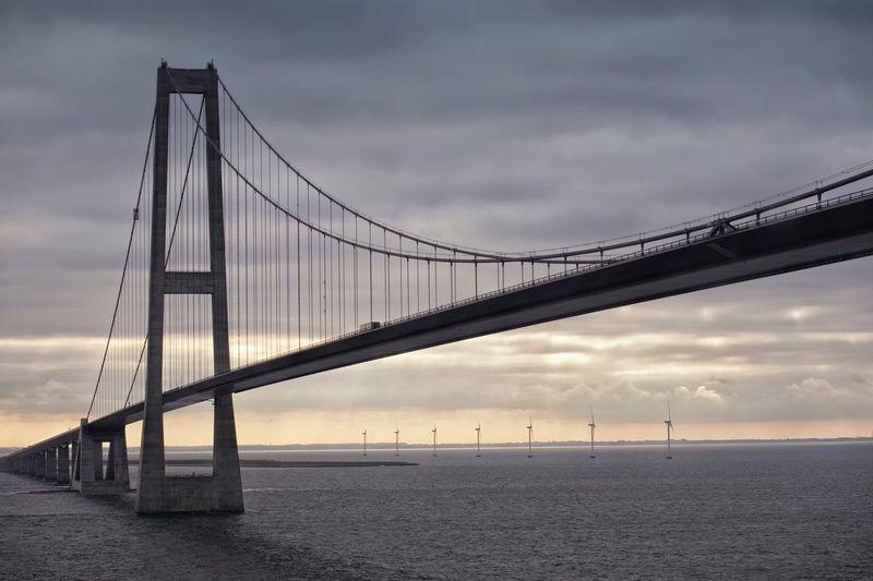 Storebæltsbroen Storebælt Bridge , Denmark Bridge No People Suspension Bridge Transportation Engineering Sky Bridge - Man Made Structure Connection Built Structure Sea Tranquil Scene Water