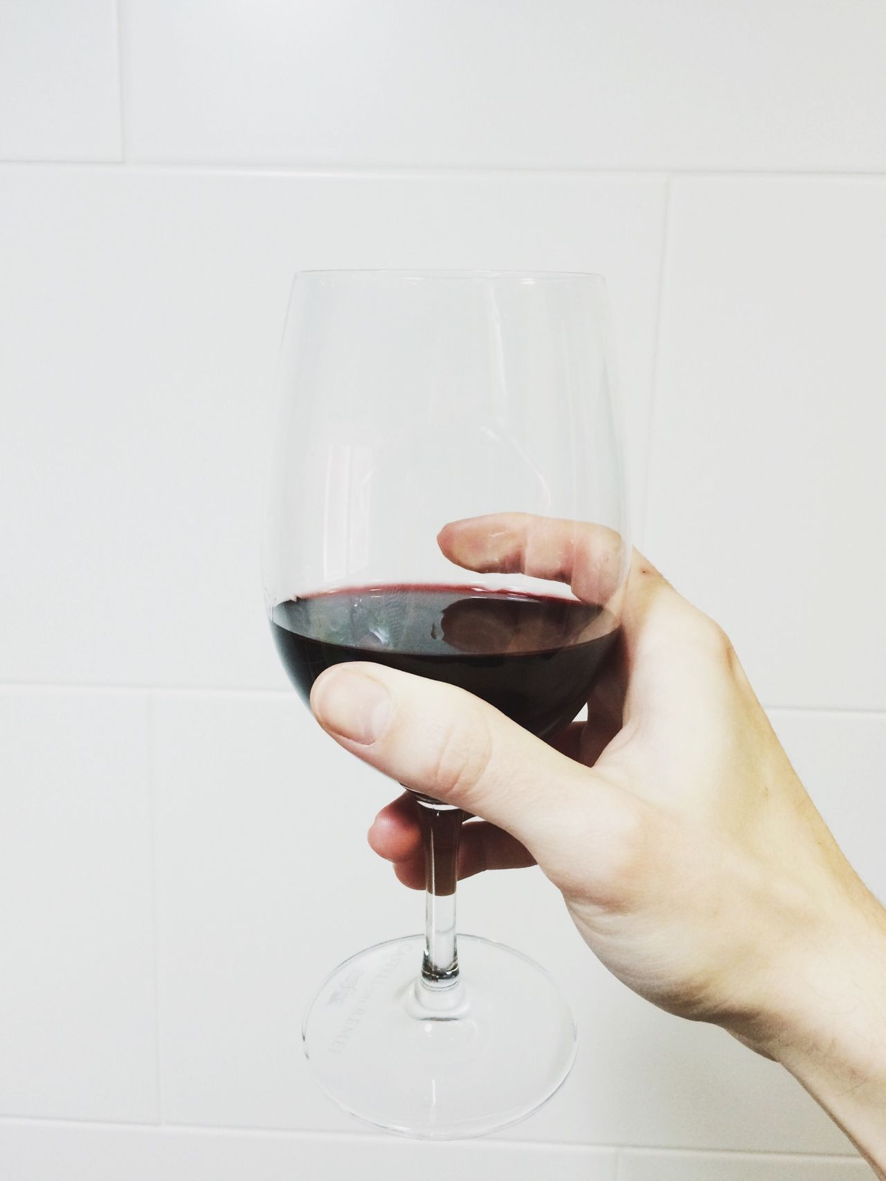 Beautiful stock photos of wine, Alcohol, Cropped, Glass - Material, Holding