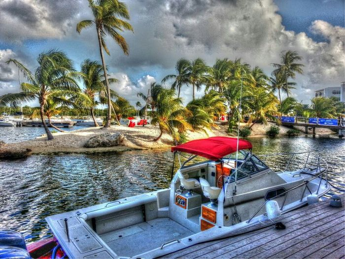 Hanging Out Clouds Water Sky Trees Boats HDR Canal Cloudporn Island Sand Skyporn Sky_collection