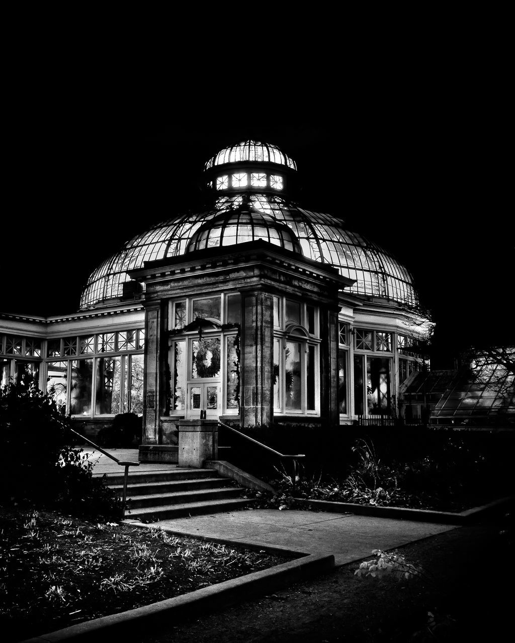architecture, built structure, dome, building exterior, clear sky, night, travel destinations, outdoors, no people, sky
