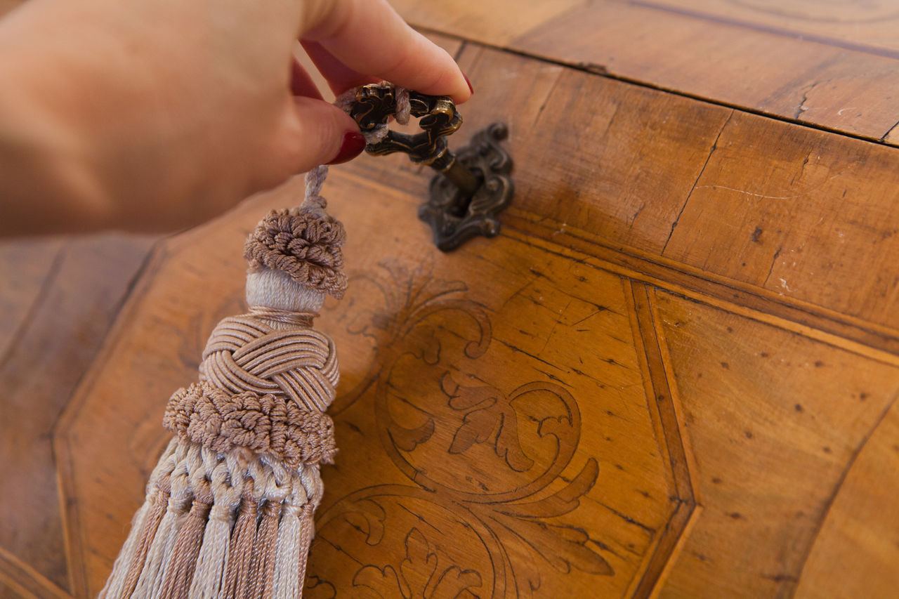 Antique Close Close-up Forniture Grass Human Body Part Human Hand Old Key Old Style Open Vintage Wood - Material