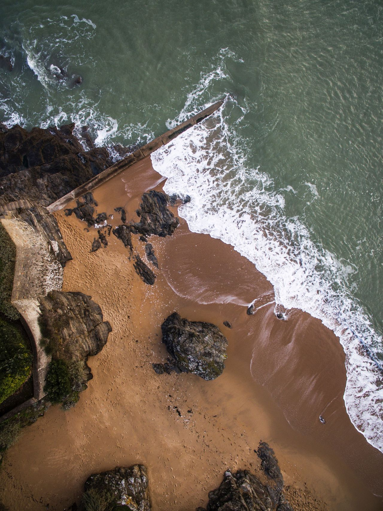 Flying High Water Sea High Angle View Wave Outdoors Beach Rock - Object Day Vacations Nature One Person Adventure Beauty In Nature Nature_collection Nature Photography View From Above Aerial View Ocean Ocean View Landscape_Collection Landscape_photography Landscape No People Flying High