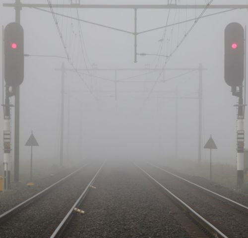 Railroad Track Fog Railway Signal No People Eos70d EyeEmNewHere No Edit/no Filter Just Me And My Camera Pure Photography No Filter, No Edit, Just Photography Canon_photos Foggy Morning Canon 70d Canon EOS 70D Breathing Space Investing In Quality Of Life The Week On EyeEm EyeEm Selects Foggy Morning Fog Early Morning Traintracks Redlight Vanishing Point