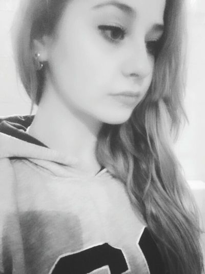 Hi! That's Me Sad Face Sad Day Blonde Hair Longhair Hello World Cold Winter ❄⛄ Simple I Want Him : )