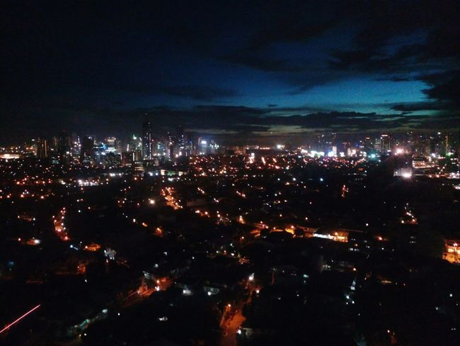 Freelance Life Nightlife Night Lights Timelinechanges Manila, Philippines Privatohotel