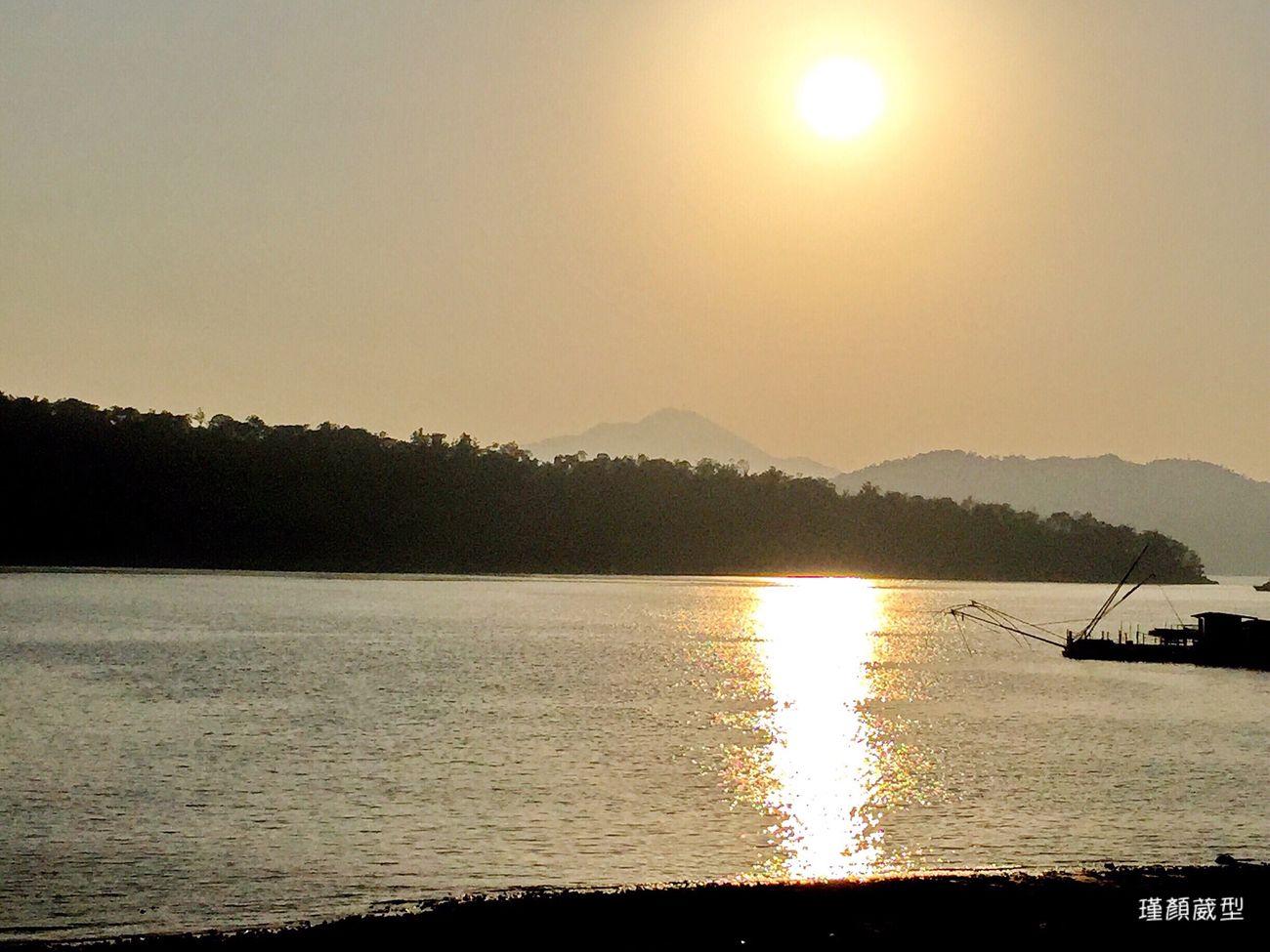 日月潭的湖光山色⋯ 景色 光影 這扇門 向陽 夕陽 Hello World K&I