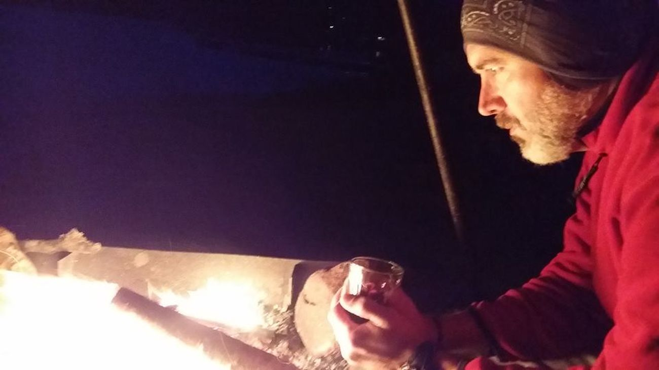 Fuego Høst Men Montañas❤ Naturaleza Noruega Norway One Man Only Otoño Real People Skien