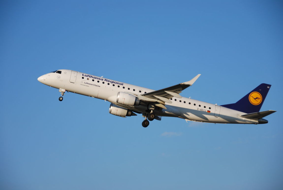 Air Vehicle Airplane Clear Sky Embraer Embraer ERJ -190 Flying Lufthansa Lufthansa Cityline No People Transportation